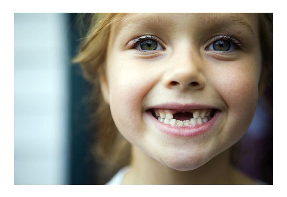 Режутся зубы у ребенка гноятся